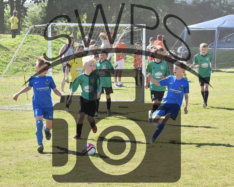 Wells City Colts v Maiden Newton U9's00092