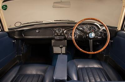 Aston Martin DB4 Vantage-050114--2