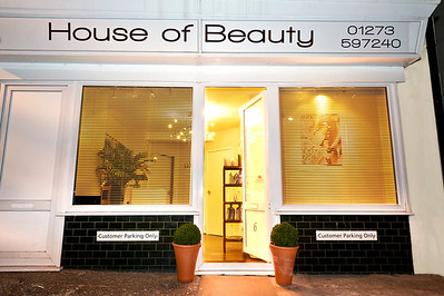 www.houseofbeautysouthwick.co.uk  www.houseofbeautysouthwick.co.uk