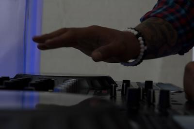 DJ V-Nyce-4