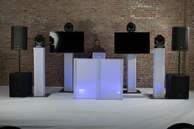 DJ V-Nyce-10