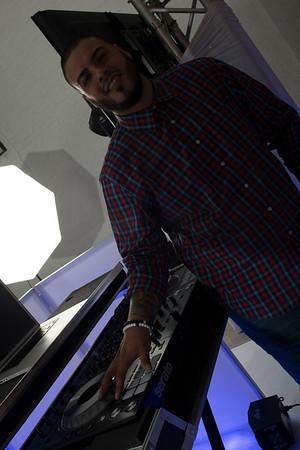 DJ V-Nyce-15