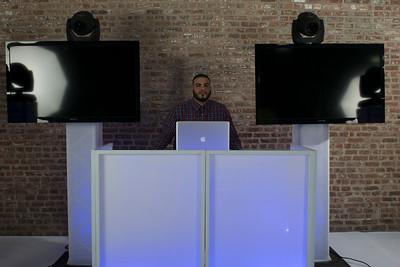 DJ V-Nyce-11