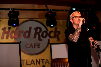 """Art Alexakis, lead guitarist and songwriter of Everclear, in a solo, acoustic performance on March 23, 2009 at Hard Rock Cafe Atlanta.  The performance was part of Hard Rock International's """"March on Stage"""" a global live music series to benefit Musicians On Call, an organization which brings live and recorded music to the bedsides of patients to enhance the healing process.  (AP Photo / Jenni Girtman/ Hard Rock Cafe Atlanta)"""