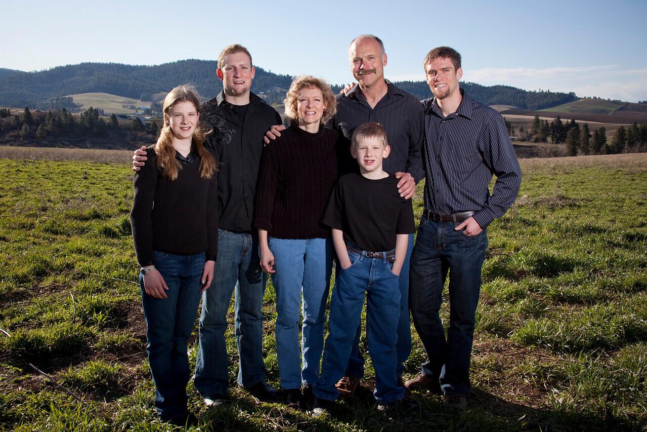 A Gresham Bouma family photo shoot for the Gresham Bouma for State Senate District 6 campaign.