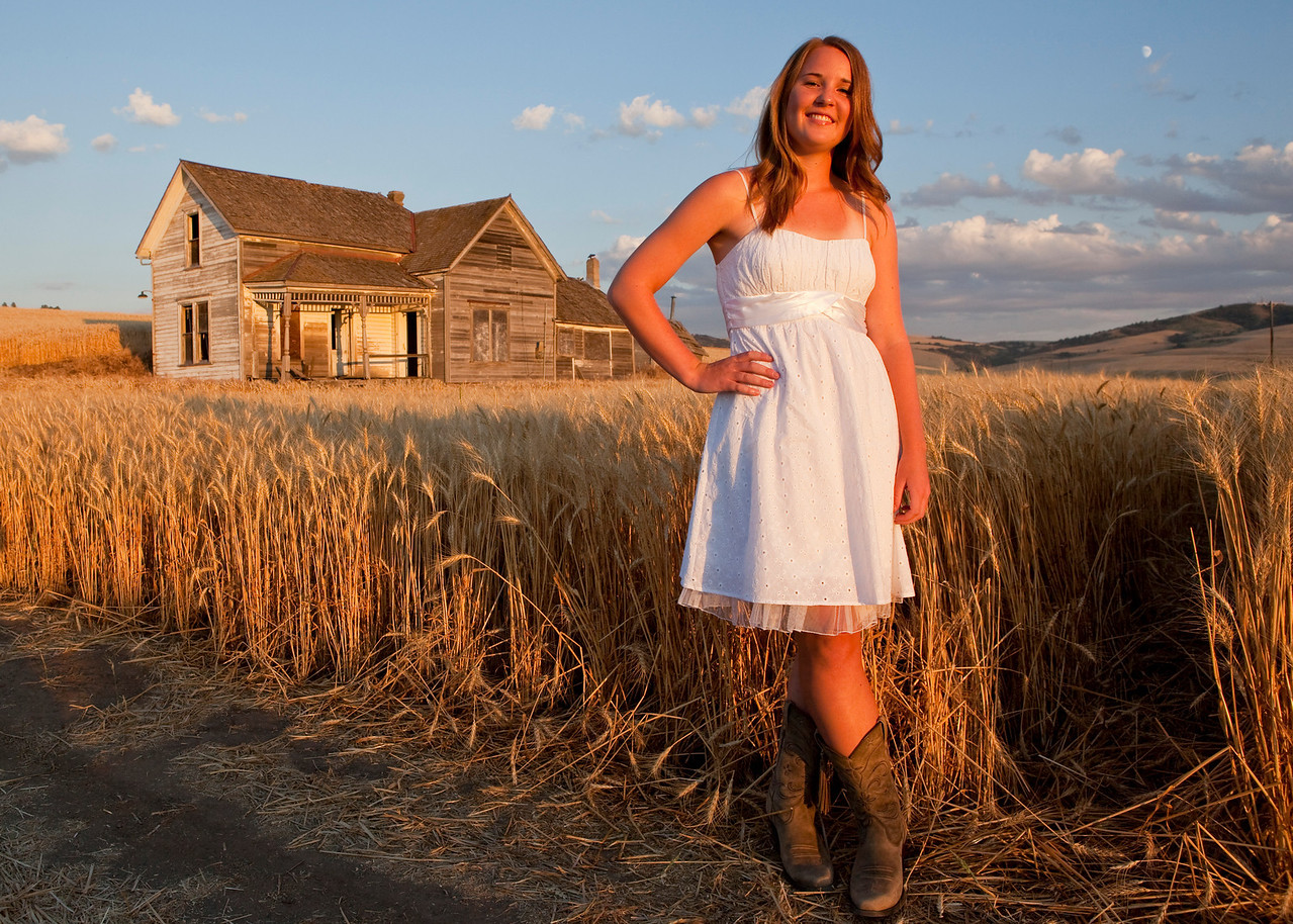 Proofs from a senior photo shoot for Jenni Renner taken on the Palouse in August of 2010.
