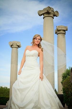 Shealee Evan's Bridals