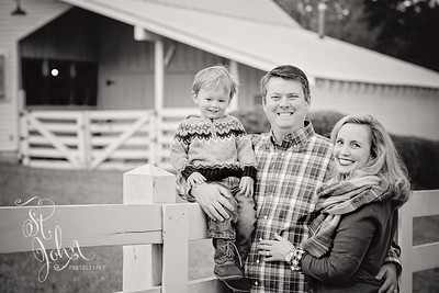 2016 November Holt Family at Oak View Park-2774 BW