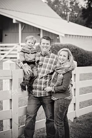 2016 November Holt Family at Oak View Park-2777 BW