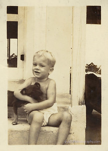 1940-08 20 ► 23 months old
