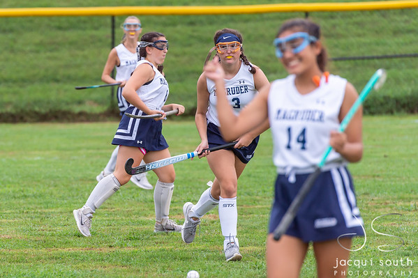 9/11/2018 - VOS_Sherwood v Magruder Field Hockey, ©2018 Jacqui South Photography