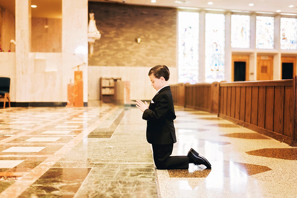 2019-divine-child-dearborn-michigan-first-communion-pictures-intrigue-photography-7