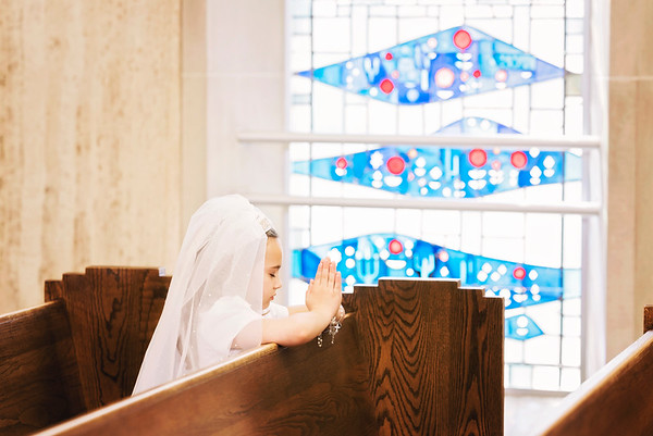 2019-divine-child-dearborn-michigan-first-communion-pictures-intrigue-photography-14