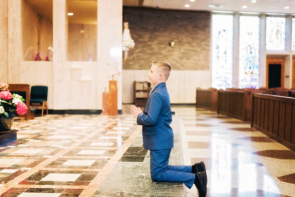 2019-divine-child-dearborn-michigan-first-communion-pictures-intrigue-photography-4