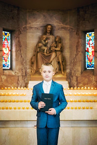 2019-divine-child-dearborn-michigan-first-communion-pictures-intrigue-photography-17