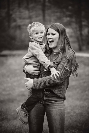 2019 November Ellis Family-100-2 BW