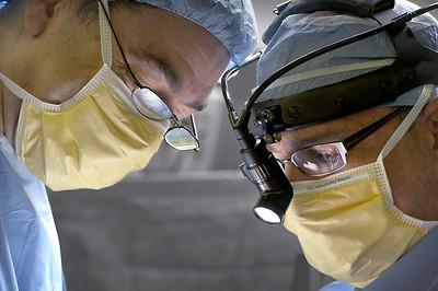 Neuro Surgeons at work