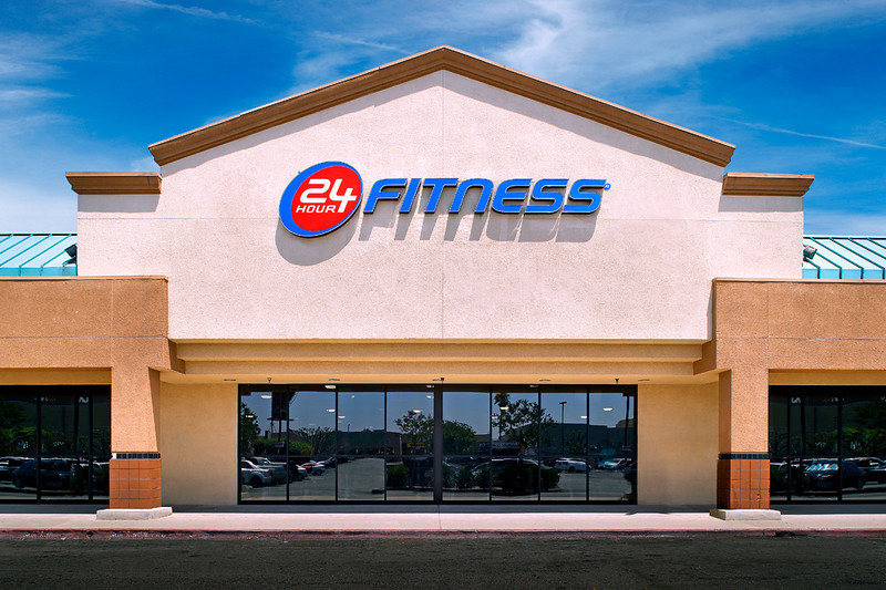 24 Hour Fitness - Club 145 Panorama City Active, 6/9/14.