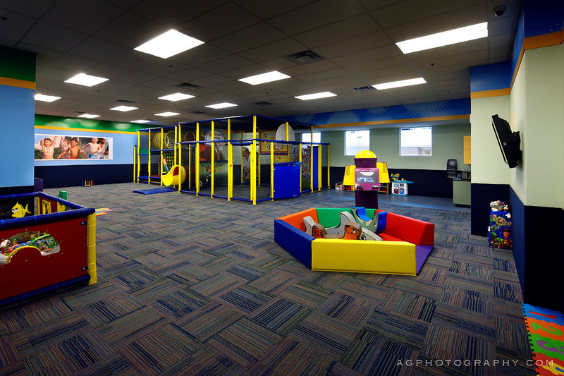 Commissioned by and licensed to 24 Hour Fitness and ASWN Architects.