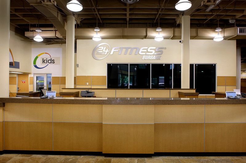 Commissioned by 24 Hour Fitness & ASWN Architects.