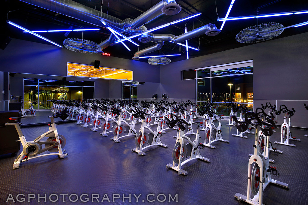 24 Hour Fitness - Club 928, Oxnard, CA. 1/2/15