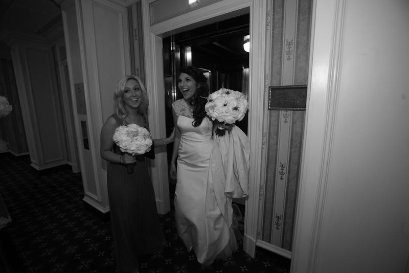 0470-2528-G&L_wedding_910