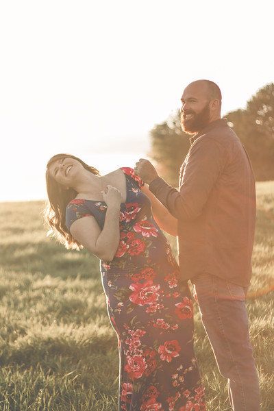 Maternity Photography in Buffalo, NY