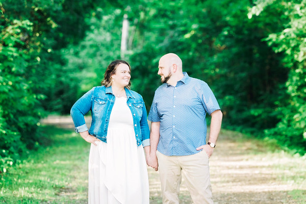amy-greg-engagement-session-crosswinds-marsh-intrigue-photography-0004