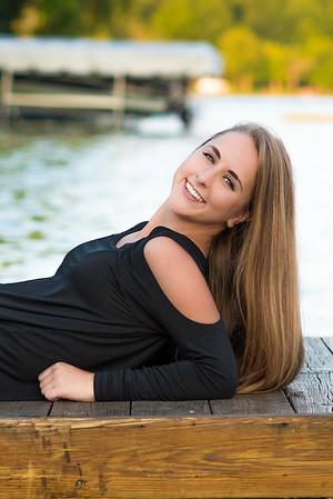 Anika D Senior