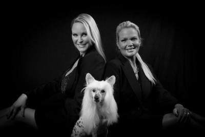 2011-Lynn, Audra-Jul17-6333-2