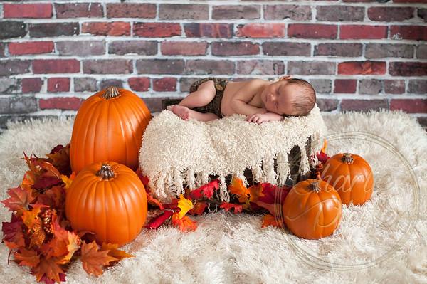 Torin Newborn Oct16 - 065proof