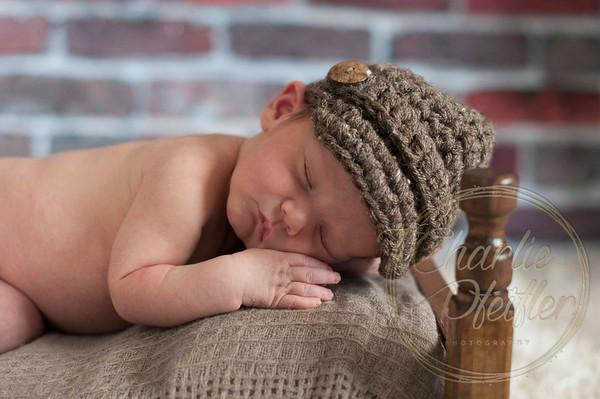 Torin Newborn Oct16 - 049proof