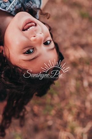 Mini_Taylors-SunshynePix-0366