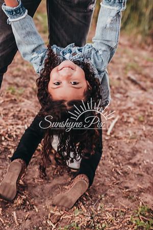 Mini_Taylors-SunshynePix-0362