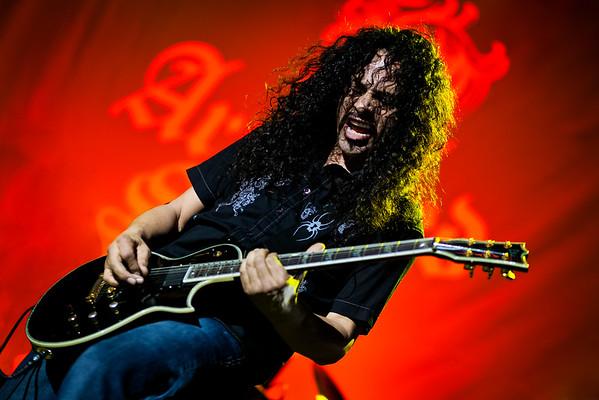 Armored  Saint Filmore Metallica 2011