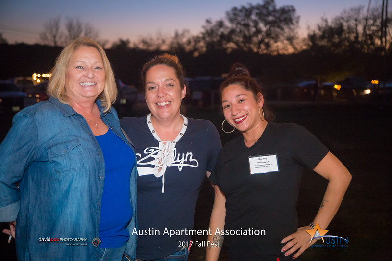 "Celebrating a fantastic Fall with the Austin Apartment Association at Salt Lick BBQ. Order prints: <a href=""http://smu.gs/2hKG4nT"">http://smu.gs/2hKG4nT</a>"