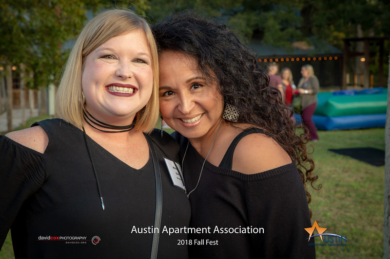"Celebrating a fantastic Fall with the Austin Apartment Association at Salt Lick BBQ. See more pics & order prints: <a href=""https://bit.ly/2O7GChr"">https://bit.ly/2O7GChr</a>"