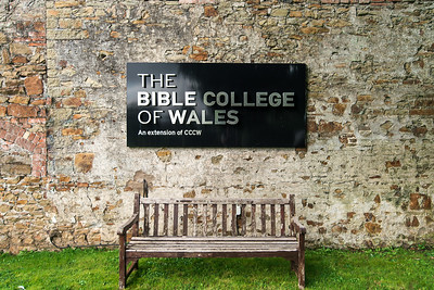 iNNOVATIONphotography-Bible-College-of-Wales-campus-3070-2912