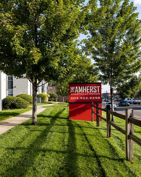 BLDG-Amherst-Frontsign-Vert-4737