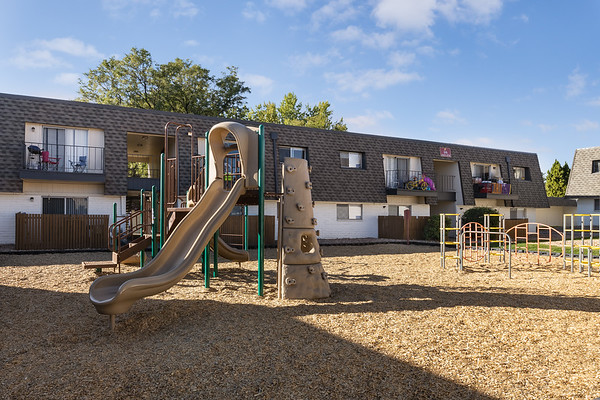 BLDG-AspenPark-Playground2-7401