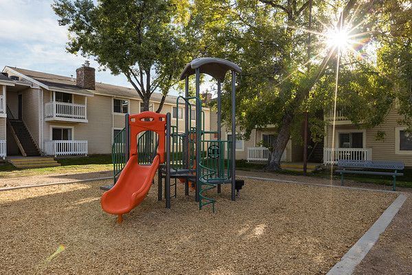 IvyCrossing-South-Playground-7146