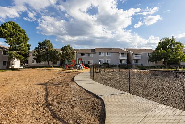 IvyCrossing-WestPlayground-Walkway-7130