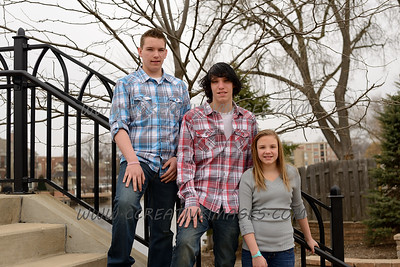 . McHenry Photographer. Kids Easter Portraits. 4/6/13