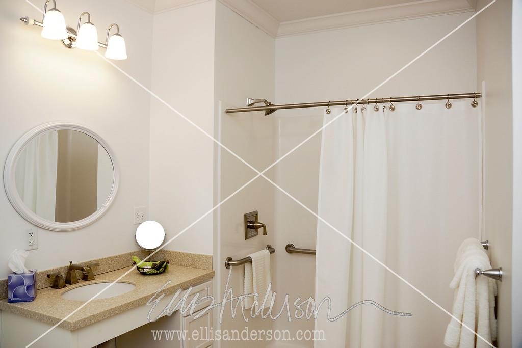D Bathroom 5152