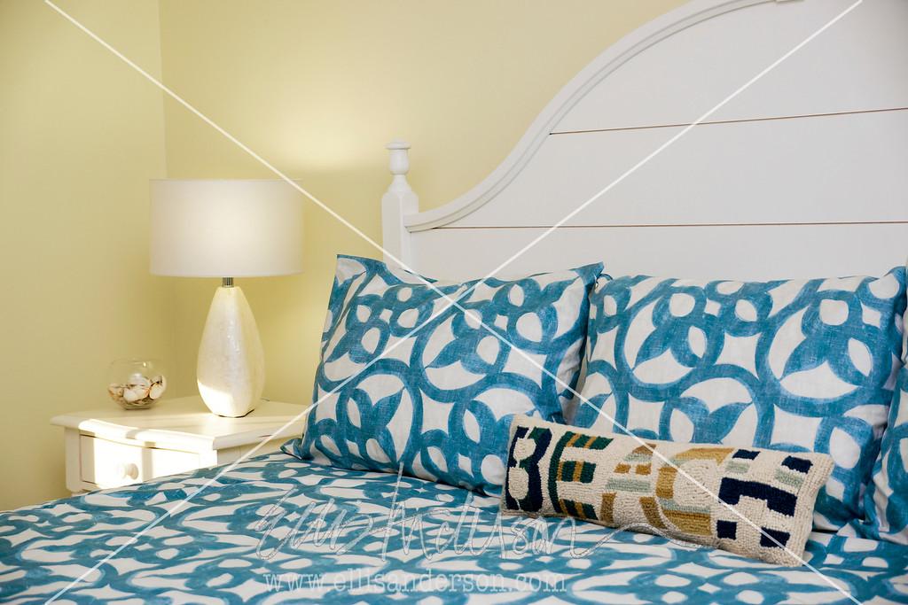 Bay Town Inn bedroom 3475