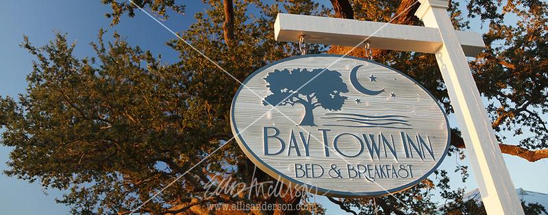 Bay Town Inn sign 3359 header
