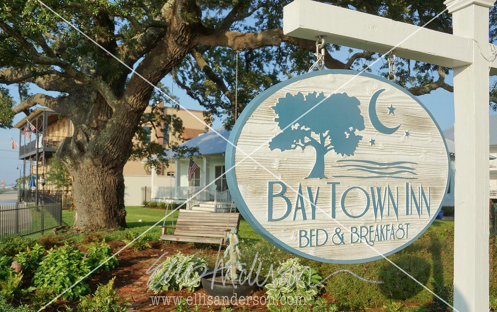 Bay Town Inn Garden 6834