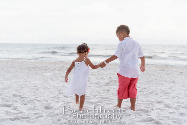 Fort Waton Beach Family Portraits taken at Waterscape Resort by the photographers of Beachfront Photography.
