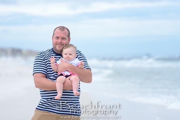 Family Beach Photographer in Fort Walton Beach, FL.  Beachfront Photography   Fort Walton Family Beach Photographers