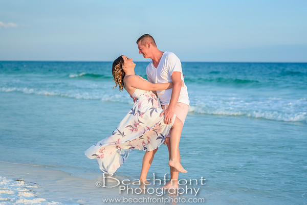 The Orsborn Family Beach Pictures in Fort Walton Beach.